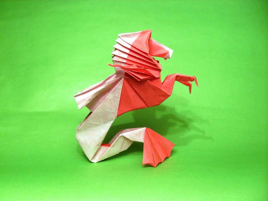 Origami Hippocampus by Orestigami