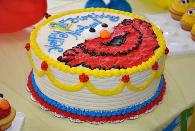 How To Make A D Elmo Birthday Cake