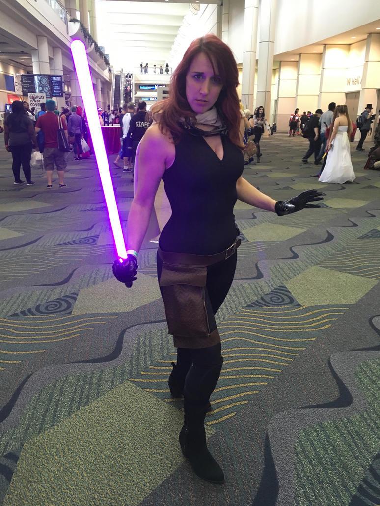 Mara Jade at MegaCon by cosplaynut