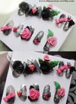 KAWAII DECO BLACK ROSE NAILS