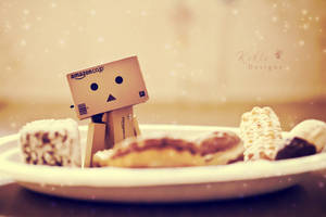 Danbo and Biscuits by KikisDesigns