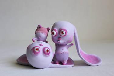 bunnies by Horriblesweet