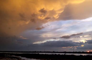 28-10-2015 mammatus clouds sunset at the beach by poseidonsimons-s