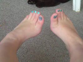 Toes by KenjixSnaps