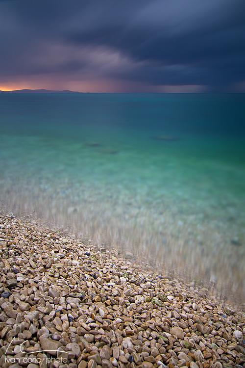 Storm on the horizon by ivancoric
