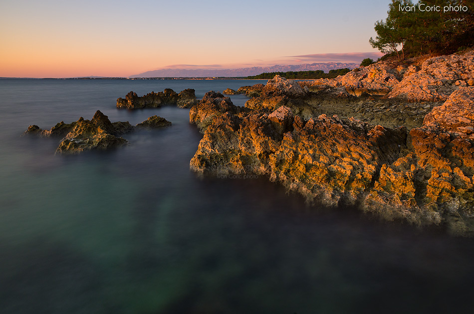 Rocks in the red light by ivancoric