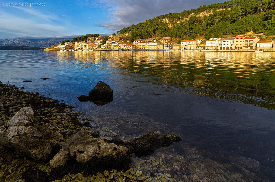 Calm afternoon in Novigrad bay by ivancoric