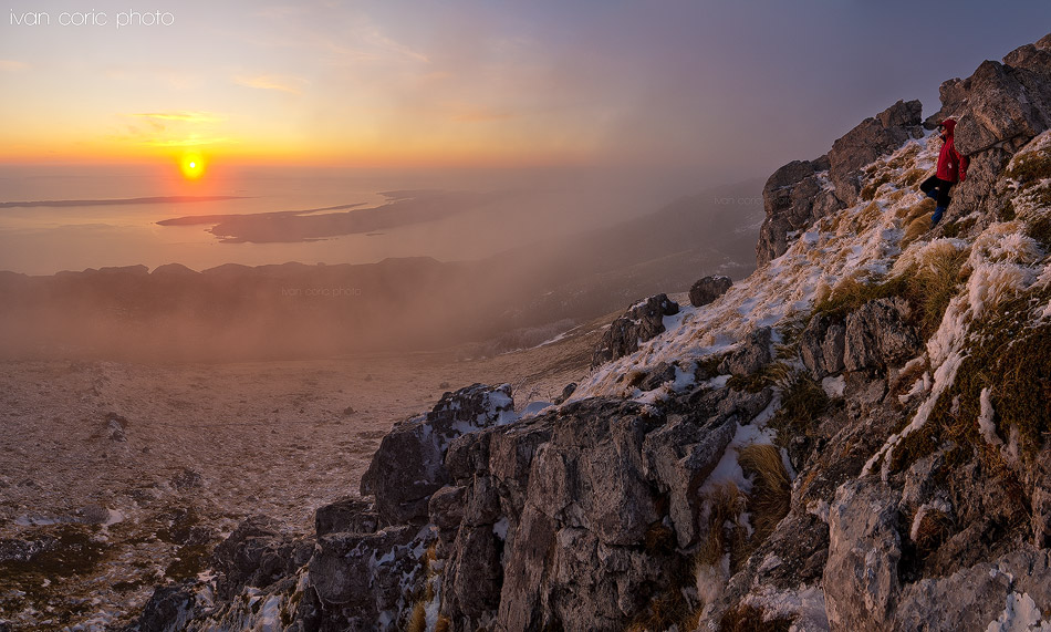 Sunset in the clouds by ivancoric