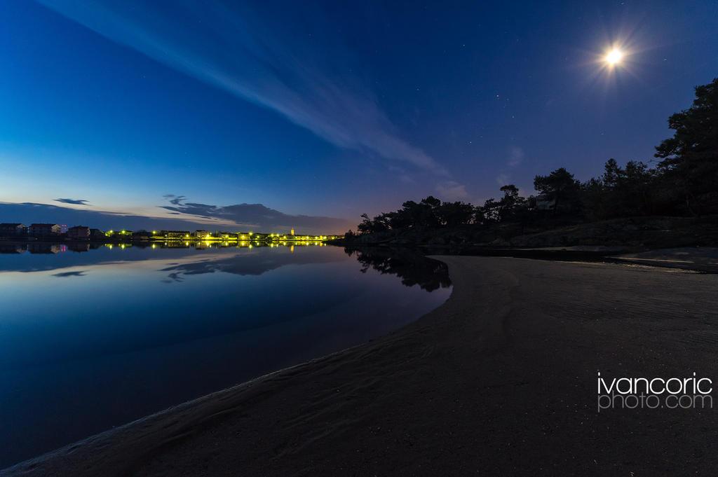 Dawn on the sandy beach by ivancoric