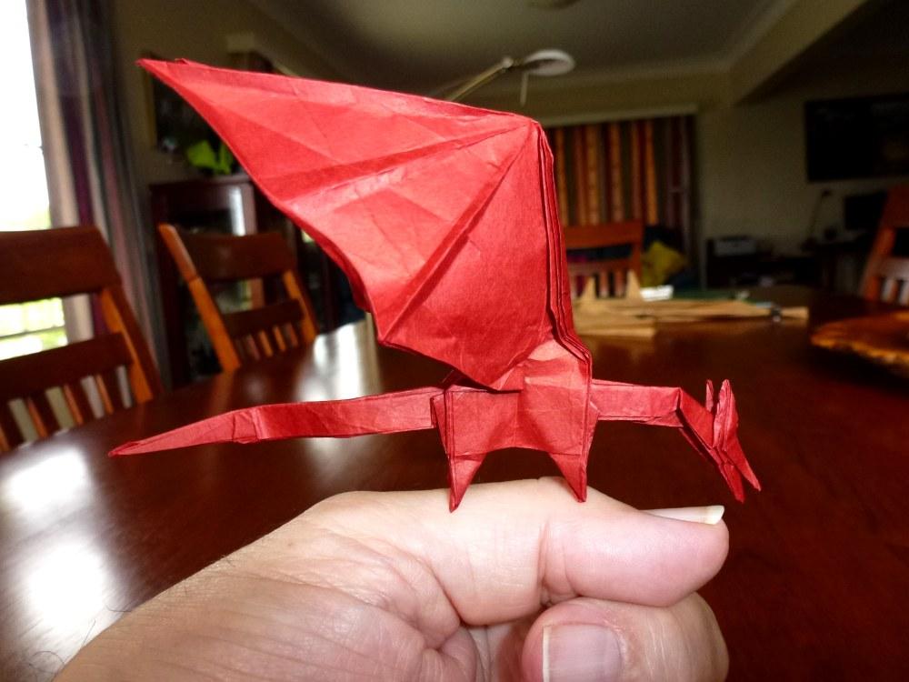 4/365 Shuki Kato Simple Dragon Thumbsize by neubauten
