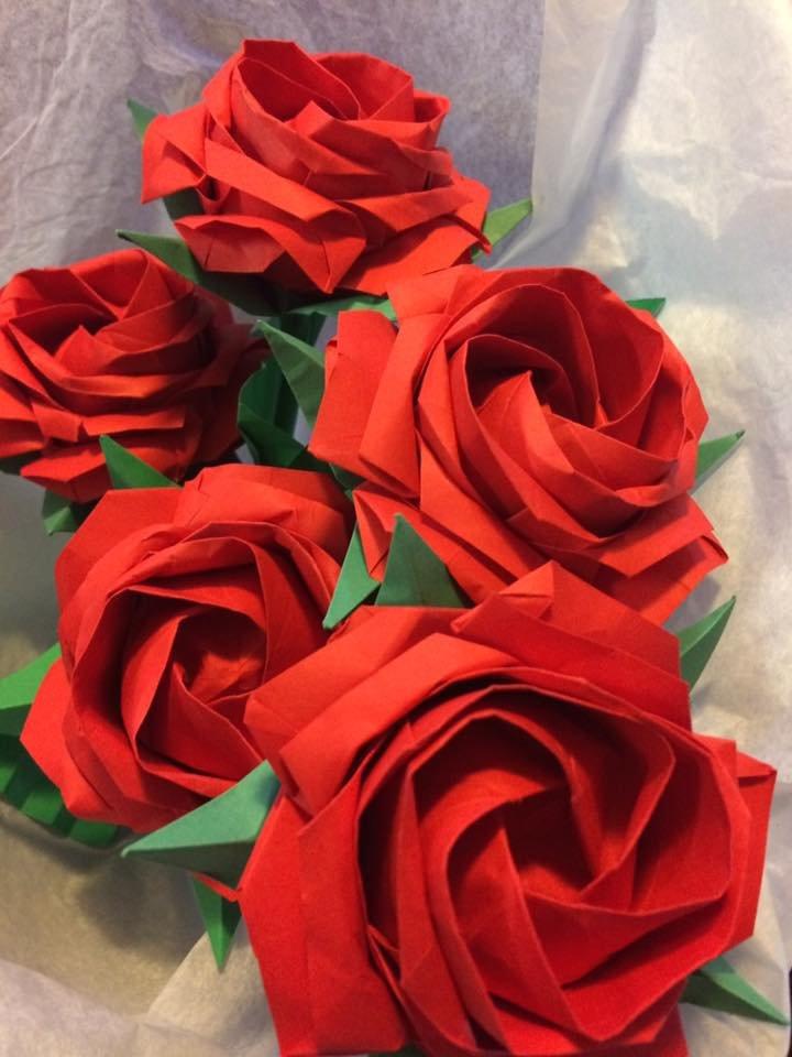 Simple Rose Bunch by neubauten