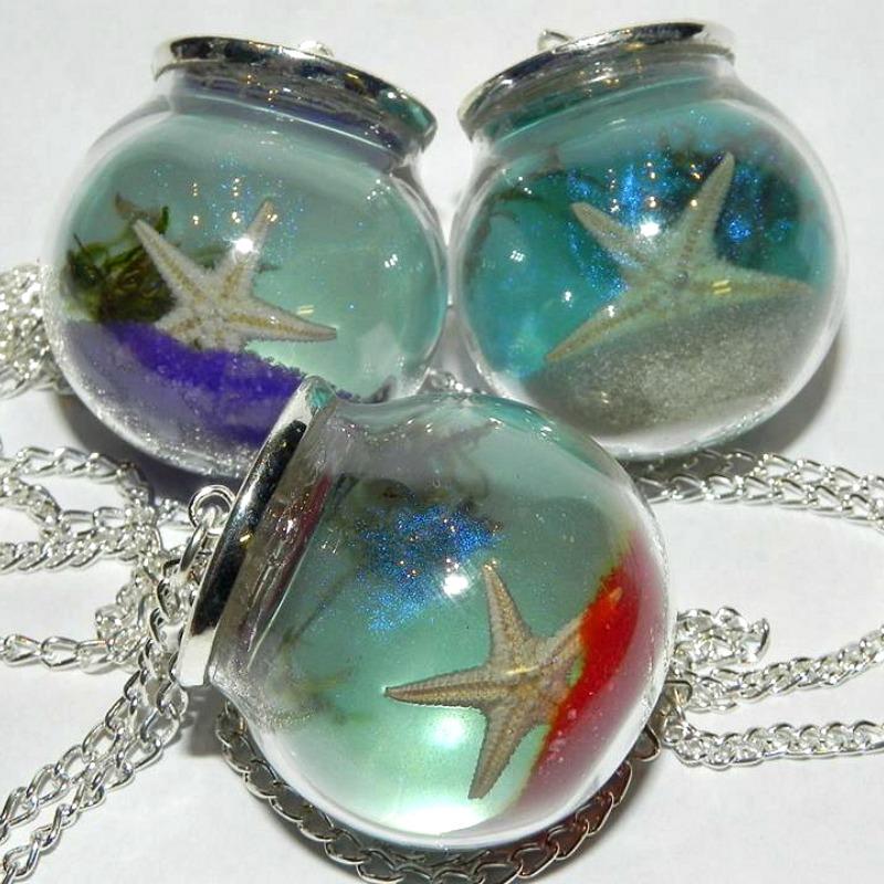 Beachy Baubbles, Starfish Necklaces by Secretvixen