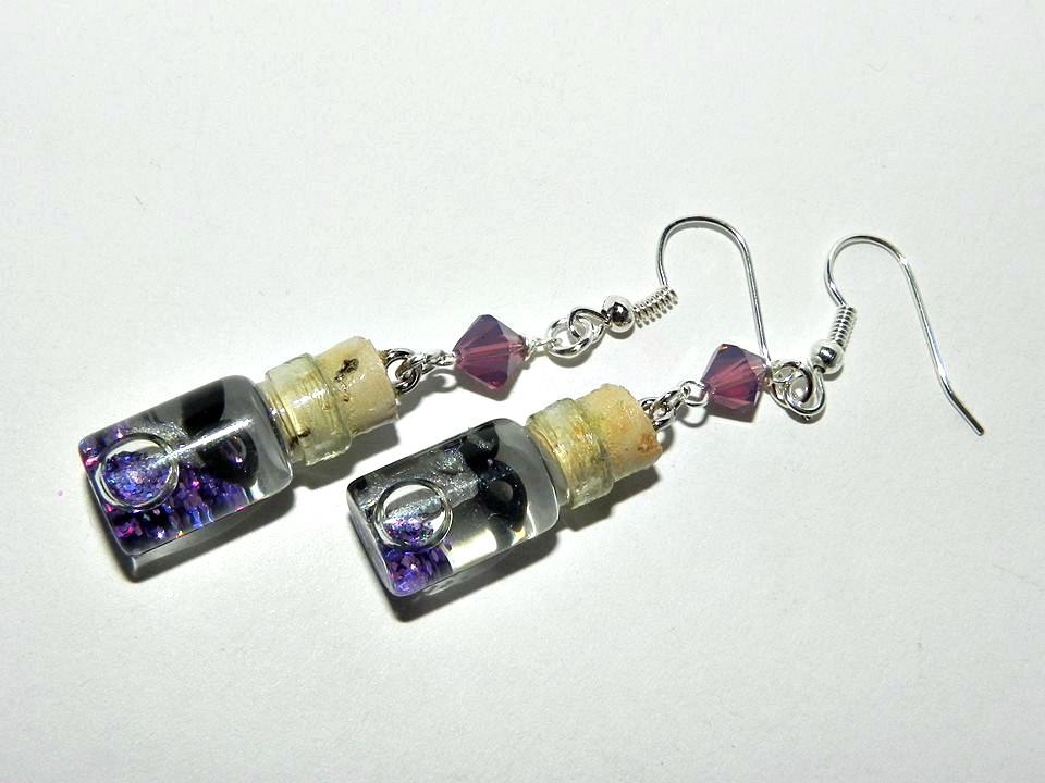 Snippity Snip! Tiny Scissors Earrings by Secretvixen