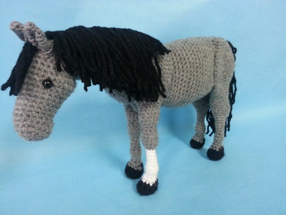 Amigurumi Horse Ears : Horse realistic amigurumi crochet pattern by