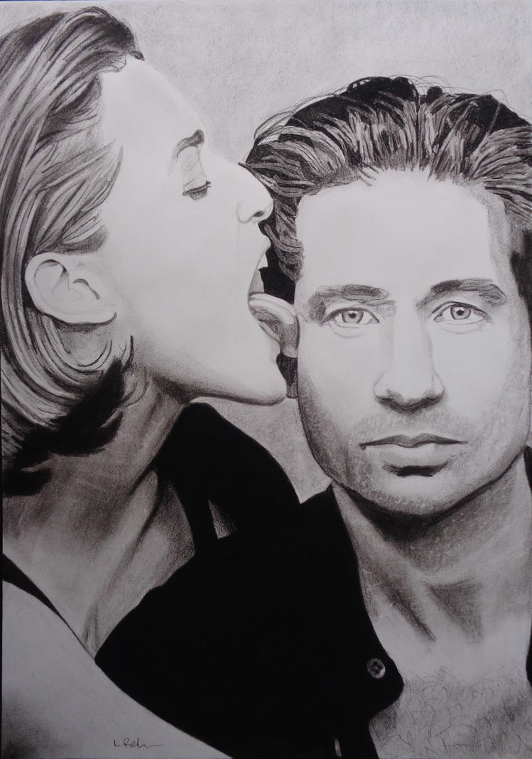 Mulder and Scully by astrogoth13