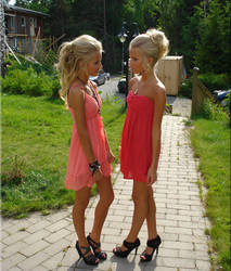 Beautiful-young-girls-pink-dresses-high-heels (2)