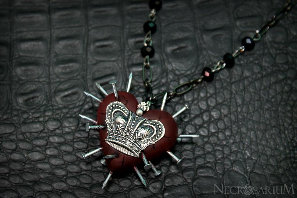 Decadence Queen Necklace by Necrosarium