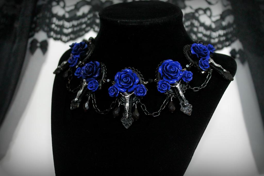 Vampire's Requiem Necklace - Blue by Necrosarium