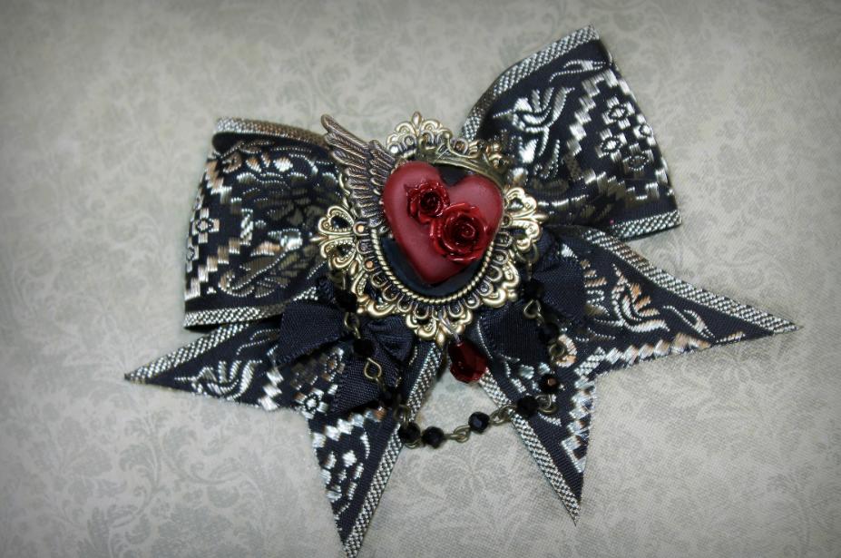 Rose Heart Bow by Necrosarium