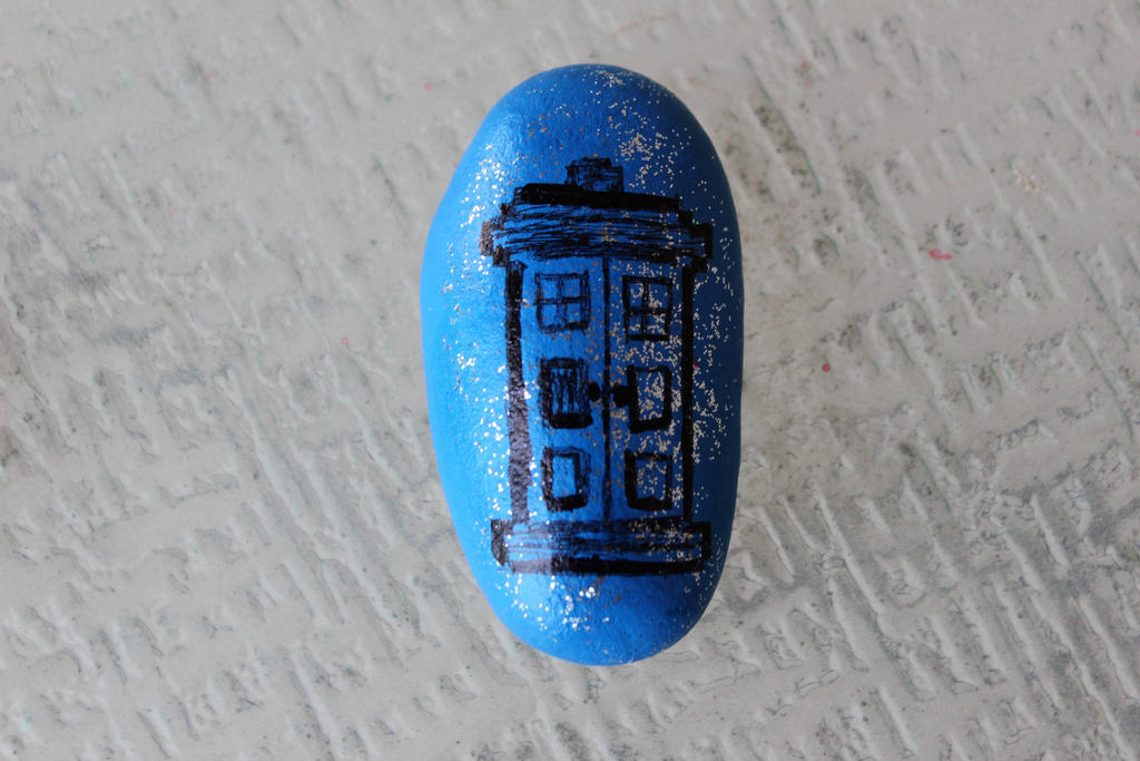 The Tardis Painted Rock by wingedmusician