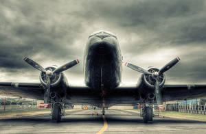 Douglas DC-3 by RichardjJones