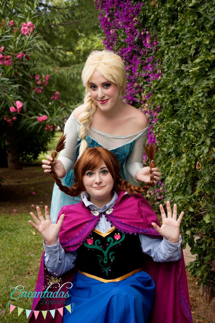 Elsa and Anna by ArienGreenleaf