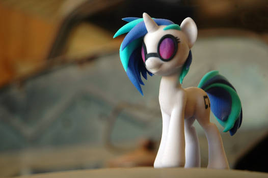Shapeways DJ Pon3 - Outside