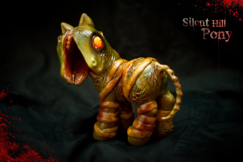 Silent Hill Splithead Pony by aquiafin