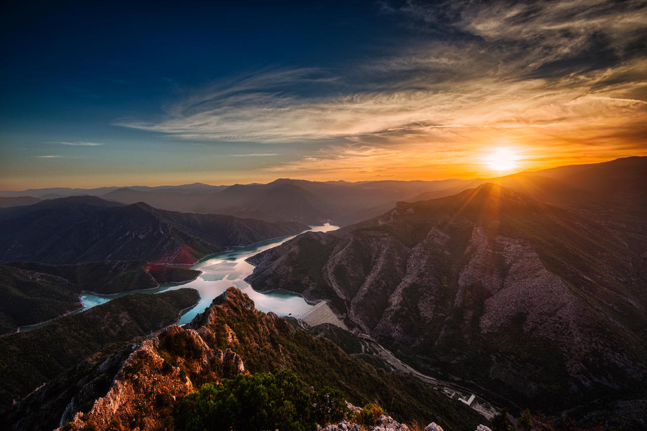 The Land of Immortals V4 by Bojkovski