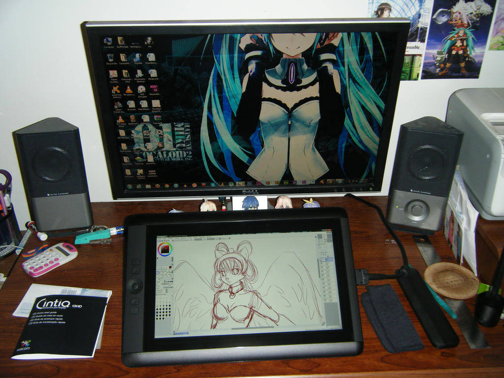 New Wacom Cintiq 13hd Acquired and hooked up! by