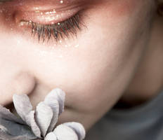 Glitter Tears by LoverDgirlA1065