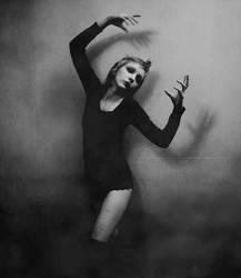 Aigle noir by Feebrile