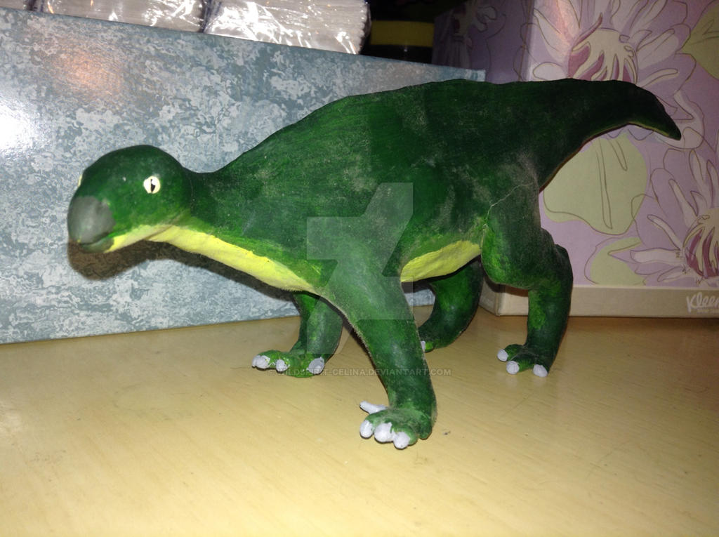 iguanodon sculpture by wildspirit-celina