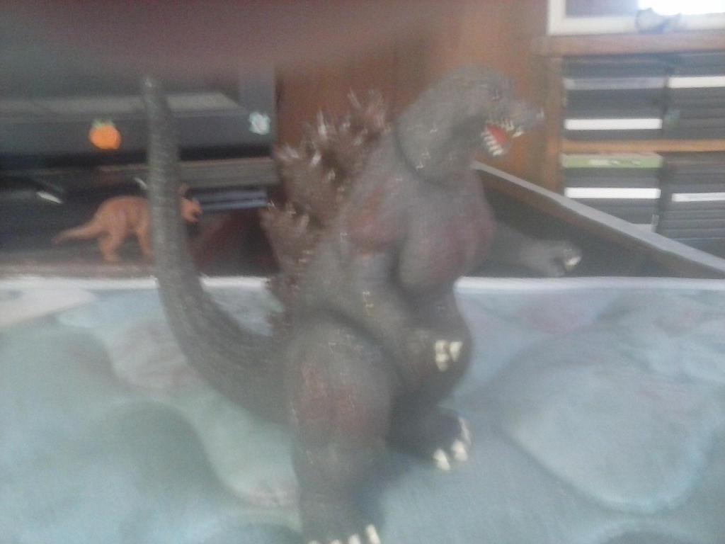 Heisei Godzilla by frogfish2008