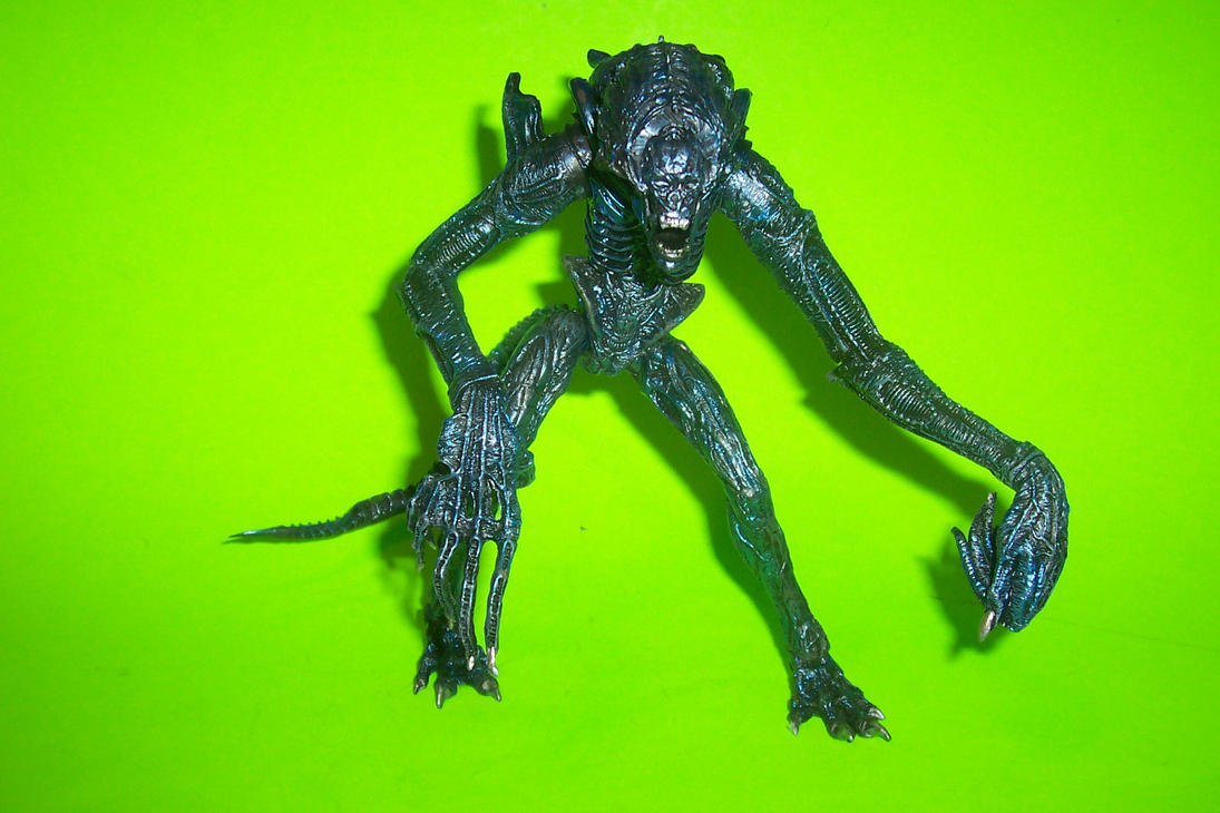 7-Inch Scale Gorilla Alien Custom Action Figure by ... Gorilla Xenomorph