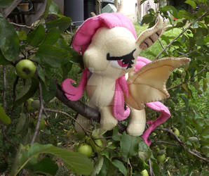 Flutterbat in the Apple Tree