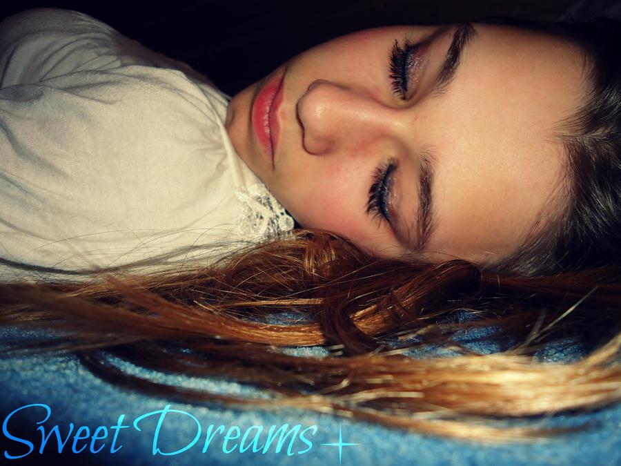 Sweet Dreams :) by oOMysteryOo