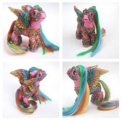 Rainbow Armor Pony by the-Dragonstar
