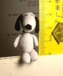 Crochet mini Snoopy by BegetBaubbles
