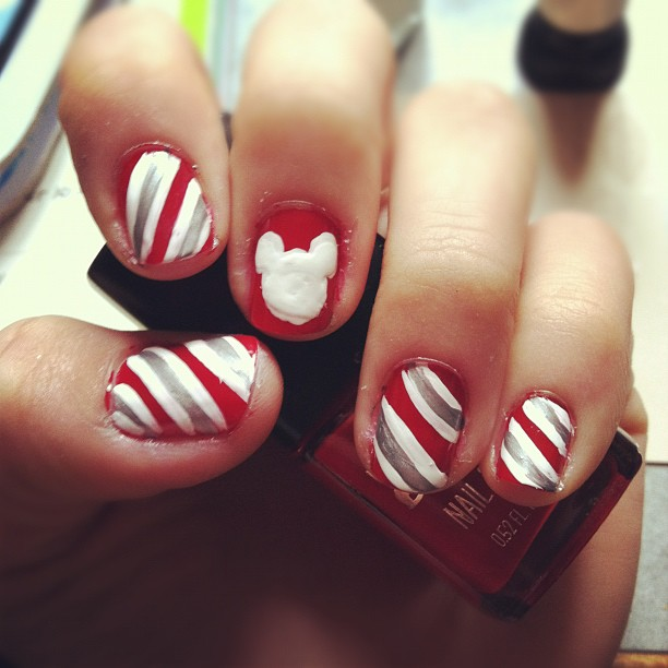 Disney christmas nails by juniehearts on deviantart disney christmas nails by juniehearts prinsesfo Gallery