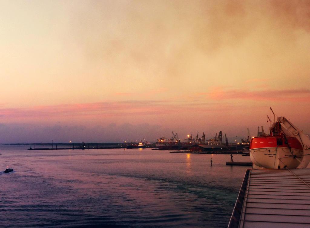 Livorno Harbour by Beapanz