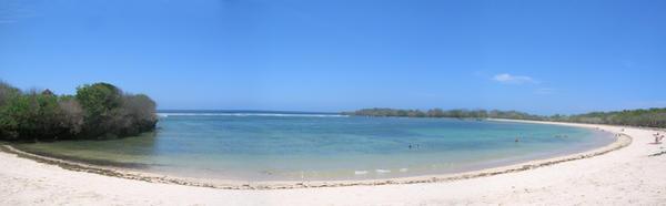 Beach, when the morning comes by otetatsuya