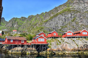 1307 Fishing village at the foot of the mountain by RealMantis