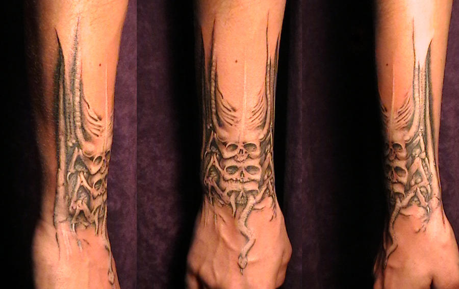 tattoo based on H.R. Giger by Kryoide on DeviantArt