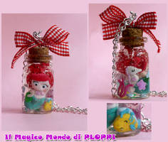 ARIEL in a jar Necklace bottle by MagicoMondoDiPLOPPI