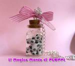 FIMO Tarepanda in jar necklace