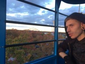LocustRain's Profile Picture