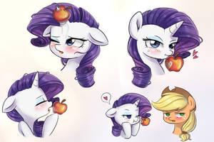 a juicy apple by LooknamTCN