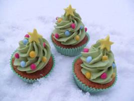 Cupcakes In Snow.. by RebeccaRoseBrine