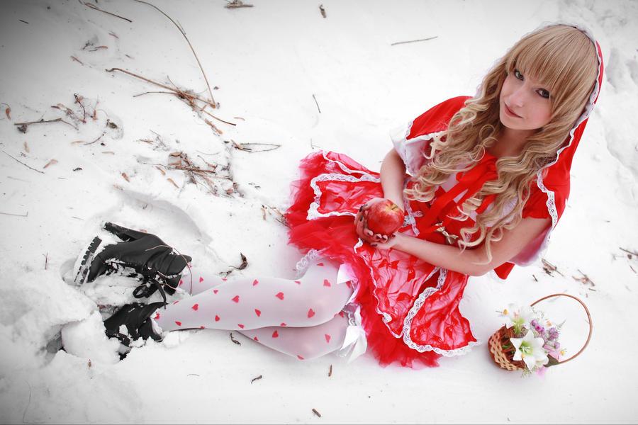 Red Riding Hood by elara-dark